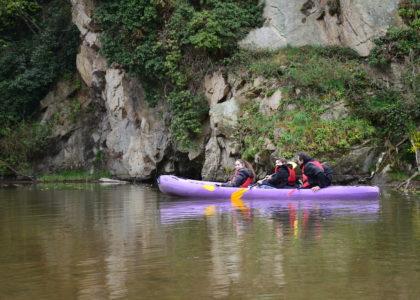 Lac et kayak : paradisiaque