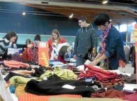 affluence-record-la-bourse-aux-vetements